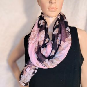 Beautiful Scarf, Pink, Black and White floral